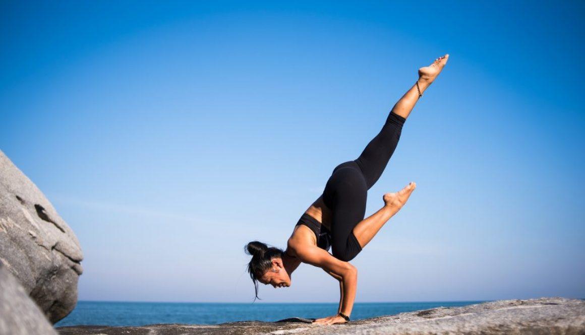 yoga-2587066_1920