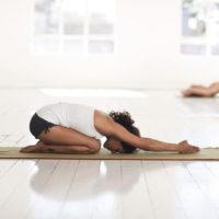 Finde Entspannung im Yoga